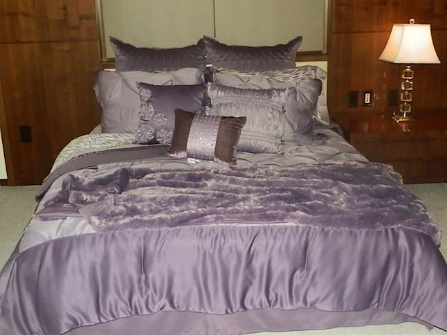 purple-bedding.jpeg